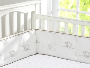 Pottery Barn Kids Sweet Lambie Crib Bumper